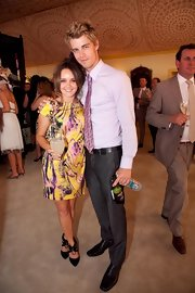 Rebecca Breeds kept it modest with a simple print dress at the Emirates Stakes Day.