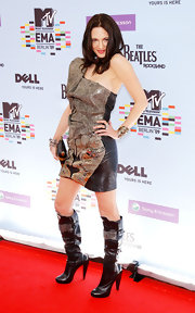 Asia Argento looked edgy wearing a Sophia Kokosalaki black and gold beaded dress at the 2009 MTV Europe Music Awards.