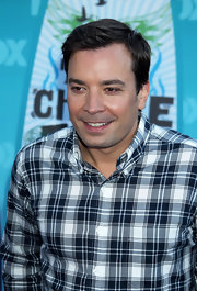 Jimmy Fallon showed off his short cut while strolling the red carpet of the Tee Choice Awards.