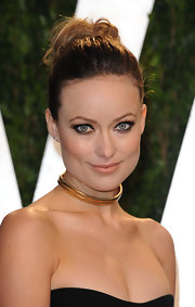 Olivia Wilde wore her hair in a messy loose bun at the 2012 'Vanity Fair' Oscar Party.
