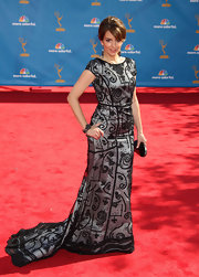 Tina Fey wowed in a unique beaded evening gown.