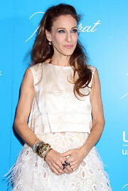 Sarah Jessica Parker wore 19th century 7-carat diamond drop earrings at the 2011 UNICEF Snowflake Ball.