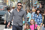 'Argo' actor Ben Affleck takes his daughter Violet and Seraphina to Barnes & Noble book store in Santa Monica, California on October 6, 2012.