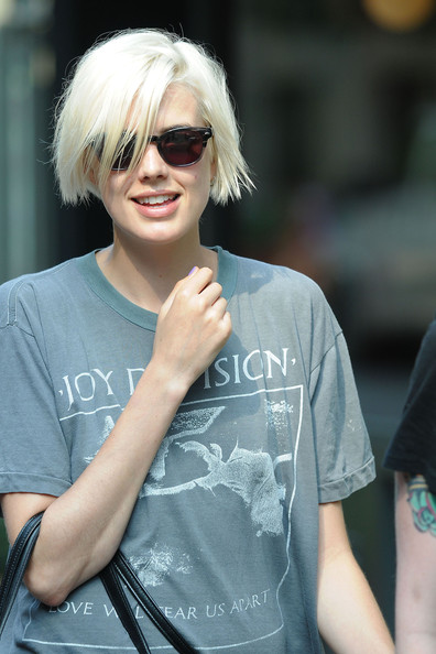 More Pics of Agyness Deyn Short Scene Cut (1 of 11) - Agyness Deyn Lookbook - StyleBistro