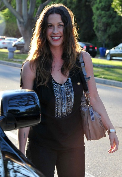 More Pics of Alanis Morissette Leather Shoulder Bag (1 of 14) - Alanis Morissette Lookbook - StyleBistro