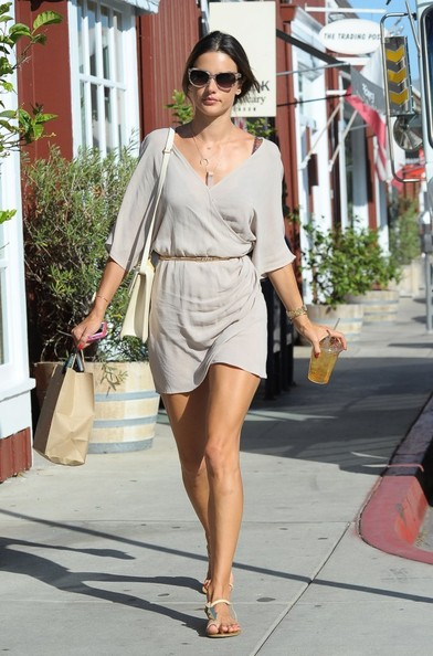 More Pics of Alessandra Ambrosio Leather Shoulder Bag (1 of 18) - Leather Shoulder Bag Lookbook - StyleBistro