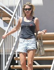 Ali Larter looked California-cool in an super-faded pair of denim shorts.