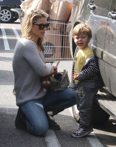 More Pics of Ali Larter Crewneck Sweater (3 of 21) - Ali Larter Lookbook - StyleBistro