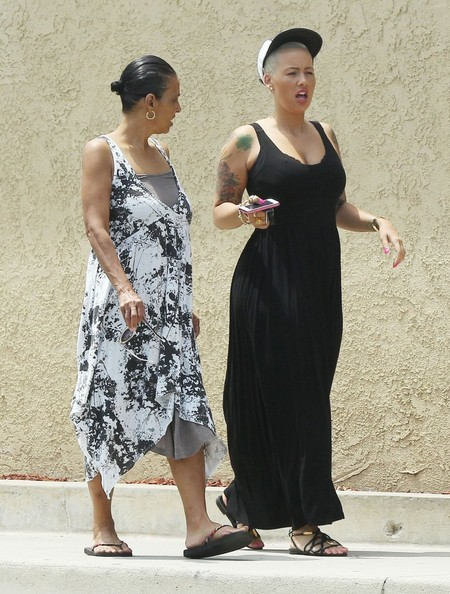 More Pics of Amber Rose Maxi Dress (3 of 21) - Amber Rose Lookbook - StyleBistro