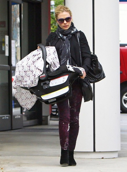 Anna Paquin sported funky cranberry splatter print pants while making a hospital visit.