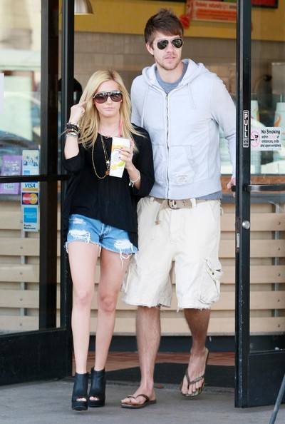 Ashley Tisdale Aviator Sunglasses