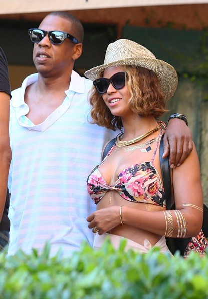 ba8375d14d87e More Pics of Beyonce Knowles Cateye Sunglasses (24 of 44) - Beyonce ...