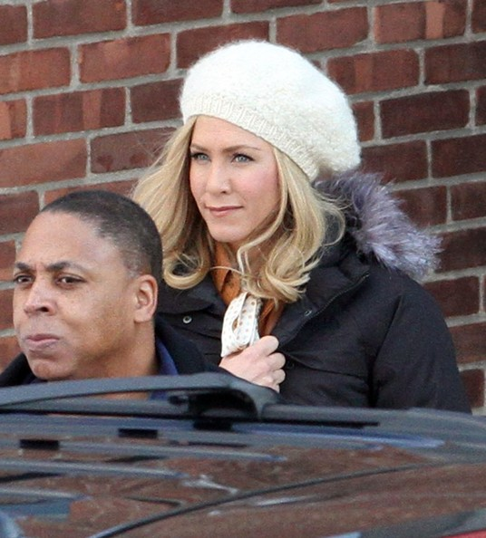 More Pics of Jennifer Aniston Knit Beanie (1 of 9) - Knit Beanie Lookbook - StyleBistro