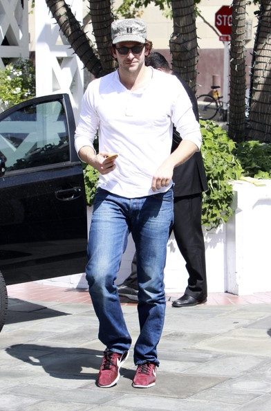 Bradley Cooper Walking Shoes