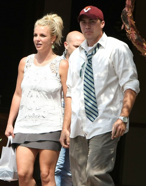 More Pics of Britney Spears Mini Skirt (1 of 10) - Mini Skirt Lookbook - StyleBistro