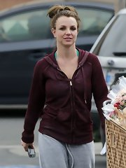 Britney Spears opted for a casual hoodie while stepping out for a grocery run in LA.