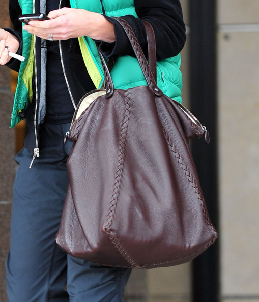 More Pics of Calista Flockhart Leather Tote (1 of 10) - Calista Flockhart Lookbook - StyleBistro