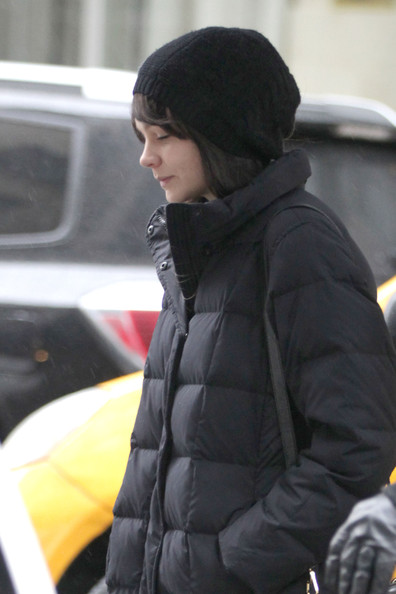 More Pics of Carey Mulligan Down Jacket (1 of 9) - Carey Mulligan Lookbook - StyleBistro
