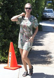 Kaley Cuoco-Sweeting was low-key in a printed T-shirt dress at the Day of Indulgence Summer Party.