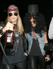 Jessica Alba's Slash costume wouldn't be complete without his signature top hat.