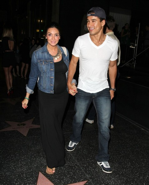 More Pics of Mario Lopez Classic Jeans (1 of 10) - Mario Lopez Lookbook - StyleBistro