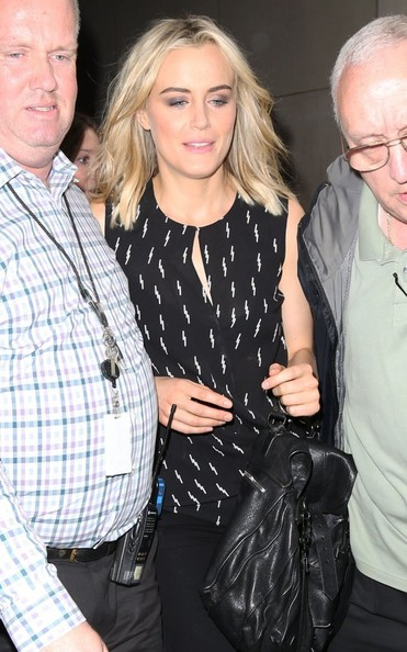 More Pics of Taylor Schilling Print Blouse (1 of 4) - Tops Lookbook - StyleBistro []