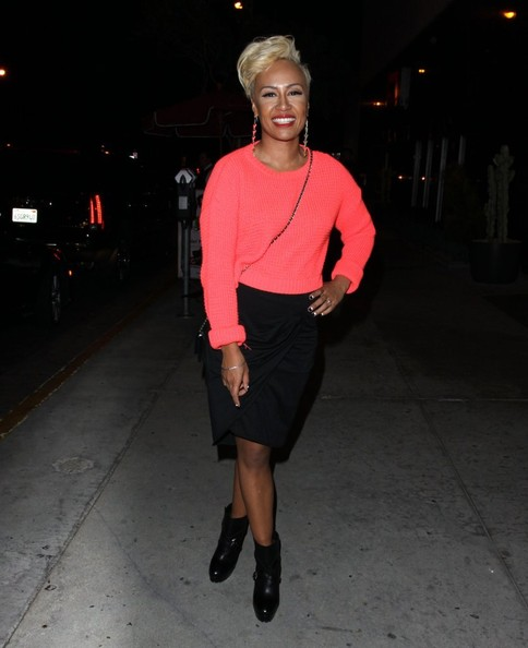 More Pics of Emeli Sande Pencil Skirt (1 of 7) - Pencil Skirt Lookbook - StyleBistro