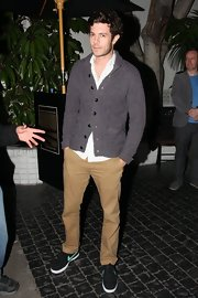 To keep his look casual but still preppy, Adam chose classic khakis.