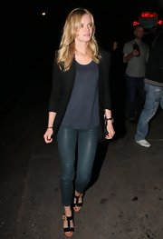 Sara Paxton dressed up a basic tee with a black blazer.