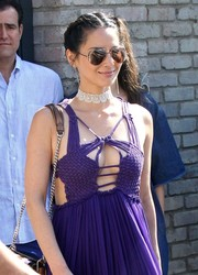 Olivia Munn styled her sexy dress with a cute white lace choker by Fallon Jewelry for Joel Silver's Memorial Day party.