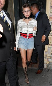 Hailey Baldwin finished off her head-turning outfit with tall honeycomb gladiator heels by Tamara Mellon.