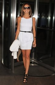 Giuliana Rancic kept her look simple and sophisticated at the NBC studios where she wore this sleeveless white frock.