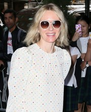 Naomi Watts arrived at her hotel ahead of the Met Gala wearing a pair of butterfly sunglasses.