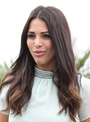 Andi Dorfman was hippie-chic on 'Extra' with this subtly wavy center-parted 'do.