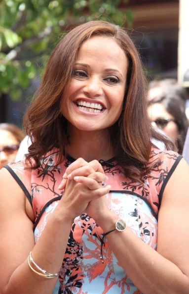 More Pics of Judy Reyes Medium Layered Cut (3 of 20) - Shoulder Length Hairstyles Lookbook - StyleBistro