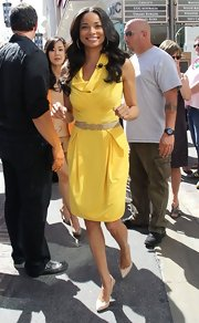 Rochelle Aytes chose this sunshine yellow cowl-neck day dress for her look on 'Extra.'