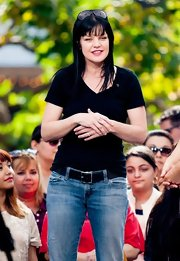 Pauley Perrette's daytime look was super casual with this black V-neck tee.