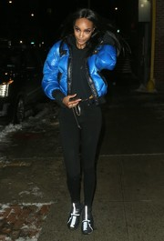 Jourdan Dunn was spotted outside the La Perla fashion show sporting a stylish blue puffer jacket.