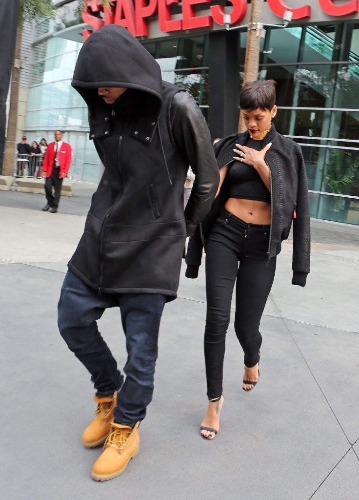 http://www3.pictures.stylebistro.com/fp/Chris+Brown+Rihanna+Leaving+Lakers+Game+7K3jEX1yPrKx.jpg Chris Brown Overalls