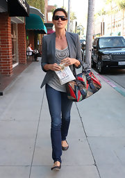 Cindy Crawford relied on a trusty gray blazer to elevate her casual tank.