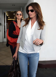 Cindy Crawford wore this light gray cropped blazer with her casual outfit while out to lunch in Beverly Hills.