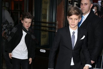 Cruz Beckham Romeo Beckham Victoria and David Beckham Take Their Kids to Dinner after the Victoria's Fashion Show