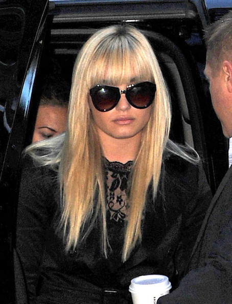 Demi Lovato Long Straight Cut with Bangs []