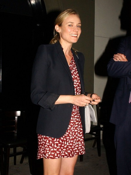 More Pics of Diane Kruger Print Dress (1 of 8) - Dresses & Skirts Lookbook - StyleBistro