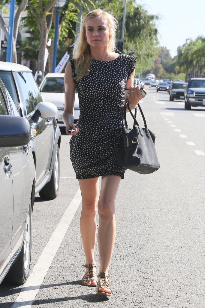 Diane Kruger Shops in West Hollywood