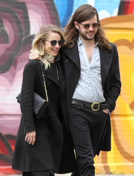 Dianna Agron went out for a walk in Manhattan carrying a chic Miu Miu matelassé leather bag.