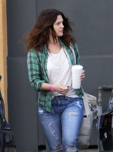 More Pics of Drew Barrymore Ripped Jeans (5 of 11) - Drew Barrymore Lookbook - StyleBistro