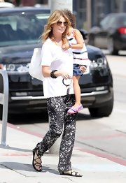 Ellen's printed pants were a cozy  but fun choice for the star.