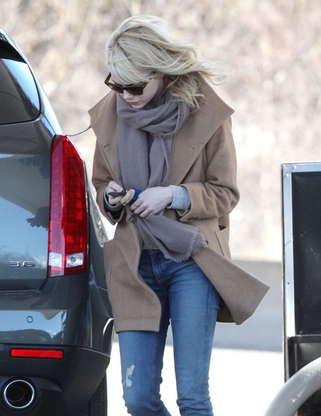 More Pics of Emma Stone Wool Coat (3 of 9) - Emma Stone Lookbook - StyleBistro