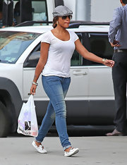 Eve kept it casual and comfy with a tee, jeans, and moccasins while out shopping in New York.